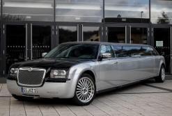 Chrysler Stretchlimousine schwarz/silber